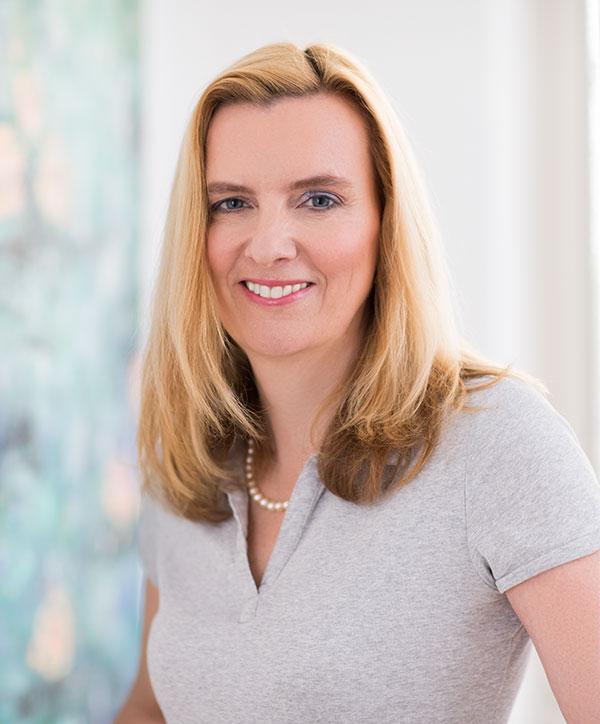 Dr. Katja von Lennep